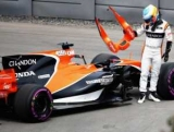 McLaren довелося переробляти боліди заради мотора Renault